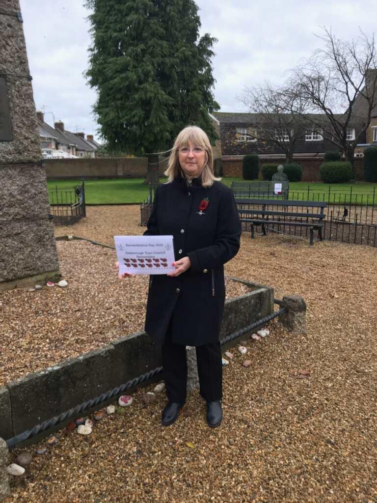 Councillor Read at War Memorial